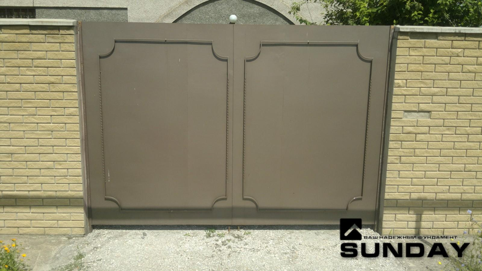 Ворота из металлического листа ворота и калитки в сургуте